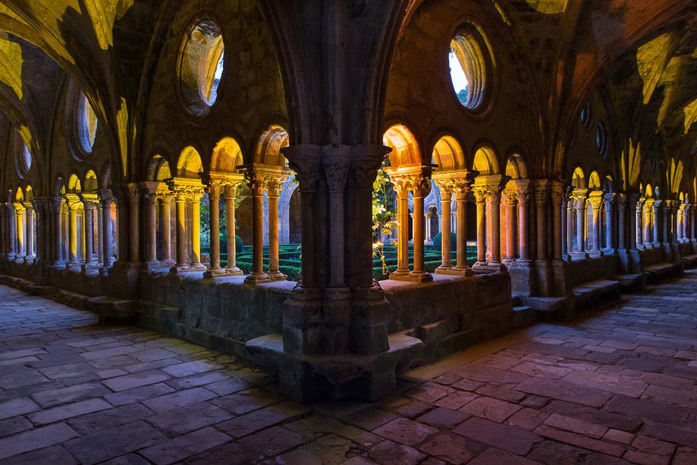 Abbaye de Fontfroide - NOCTURNE EN SEPTEMBRE