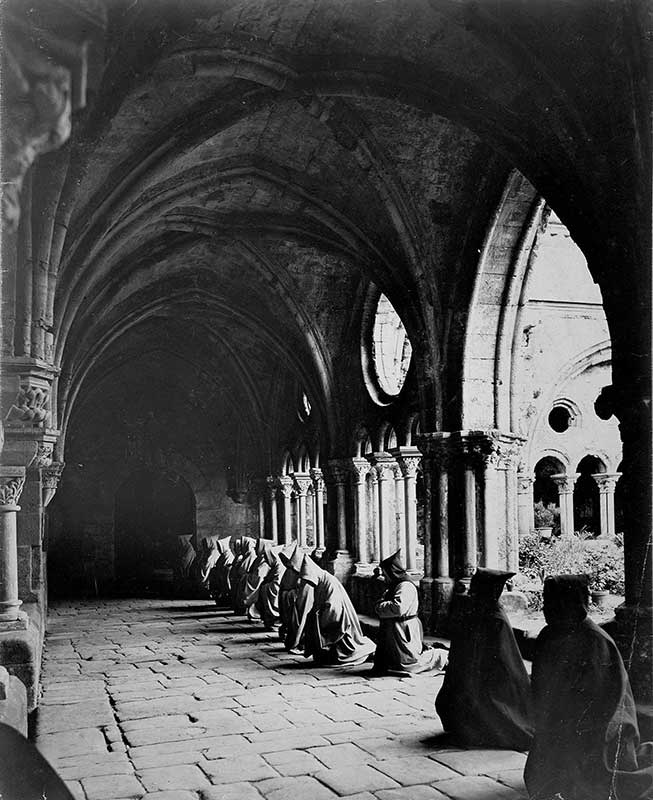 cloitre moine abbaye narbonne